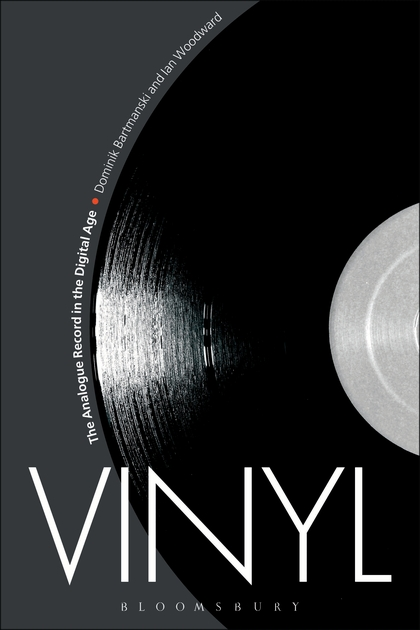 hollistic-vinyl-book_0.jpg