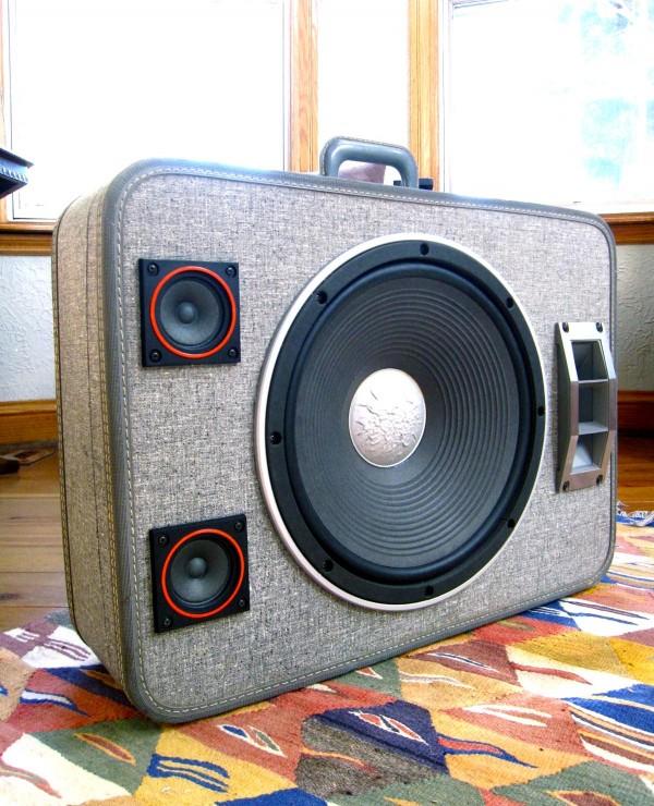 The BoomCase - переносной аудио-чемодан djmag.ru